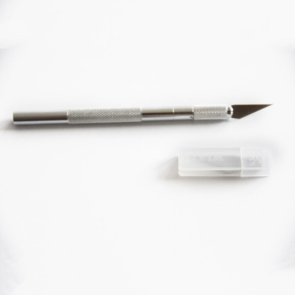 Premium Folie mit Adhäsionseffekt für glatte Oberflächen